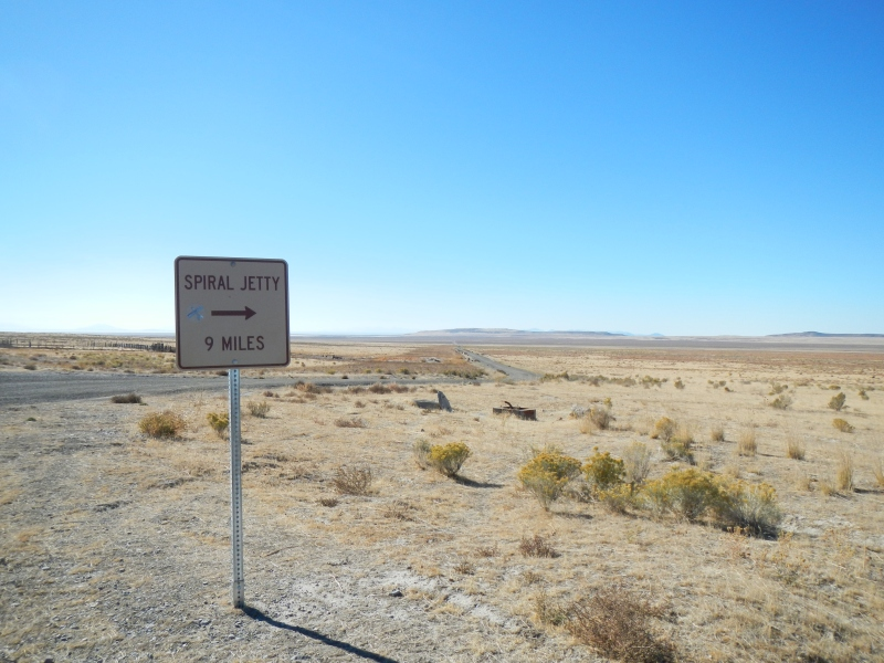 With the right information, getting to Spiral Jetty is a snap!